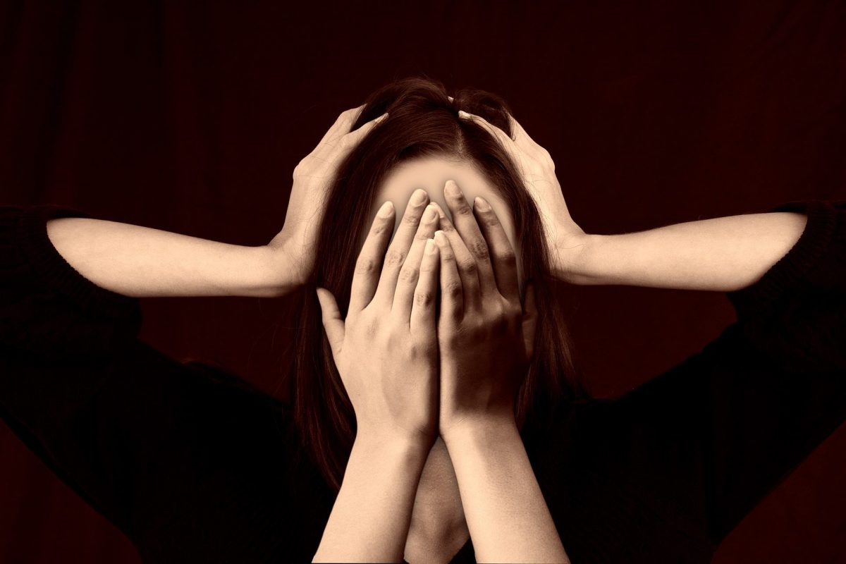 La migraine est une forme de mal de tête qui se manifeste par des crises qui peuvent durer des heures ou des jours. Nos urgentistes peuvent vous conseiller et vous aider à calmer cette douleur.